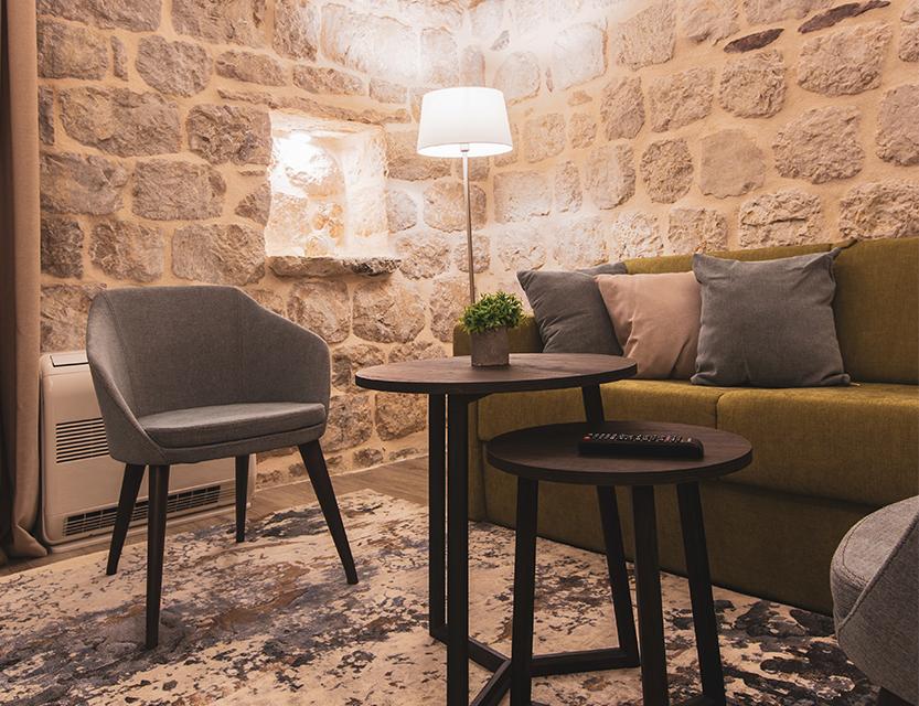 leon-heritage-furniture